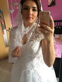 Svadobné šaty + španielsky závoj, 38