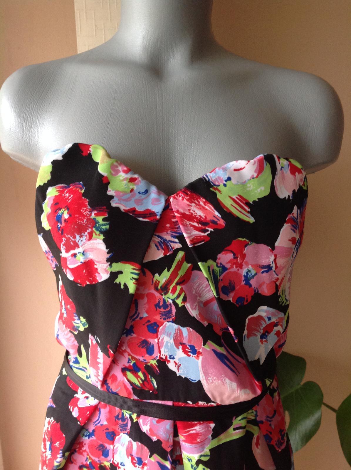 Nenosené šaty asos - Obrázok č. 2