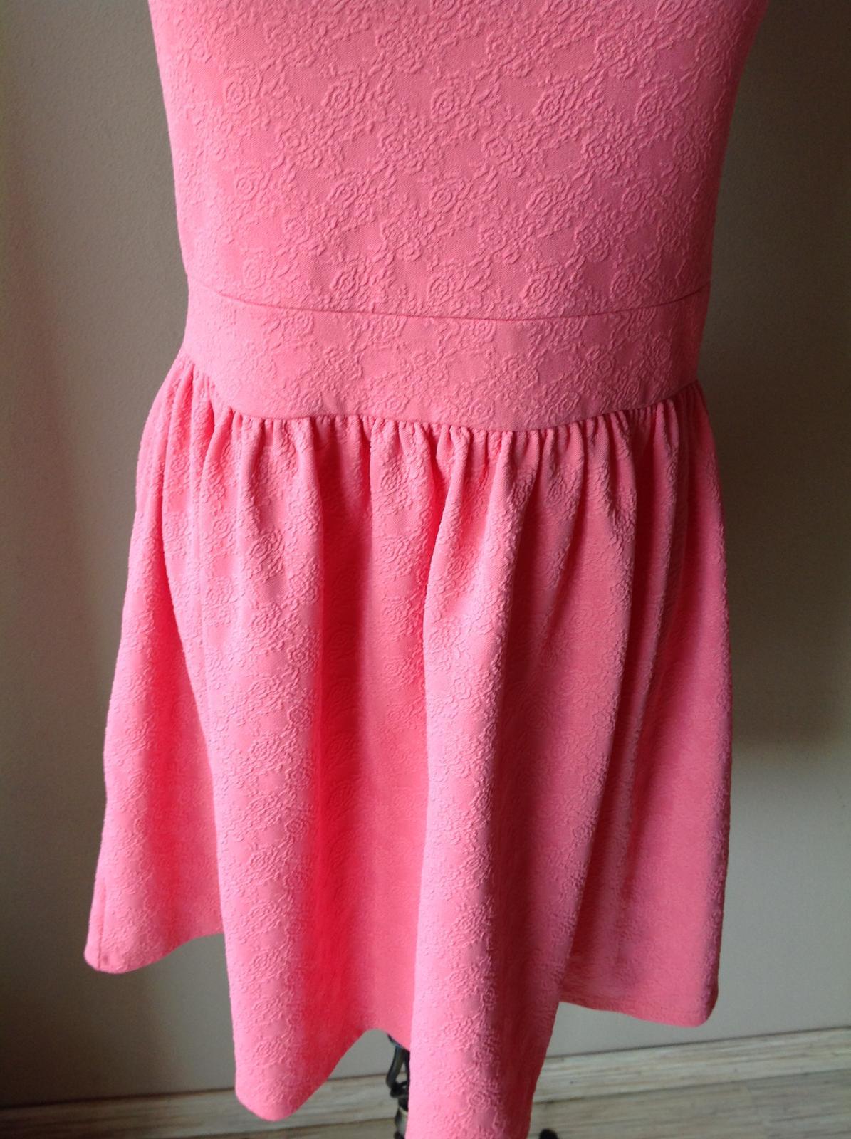 Šaty moss selfridge - Obrázok č. 3