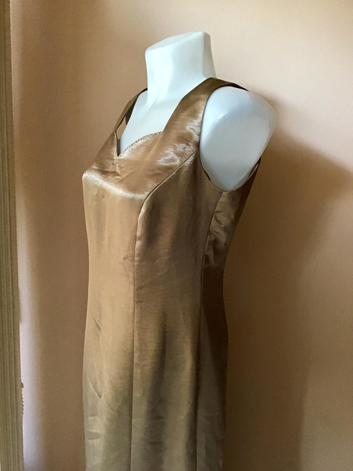 Šaty a sačko - Obrázok č. 4