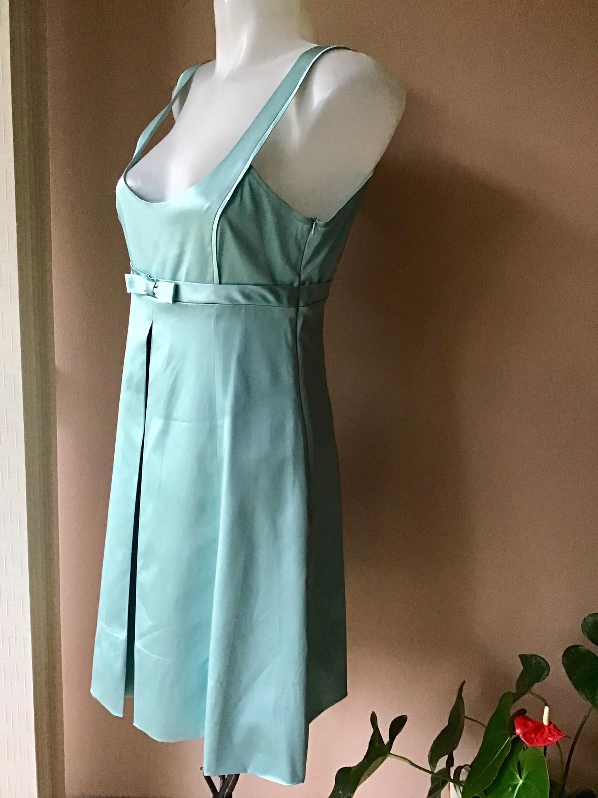 Prekrasne nenosene šaty Warwhouse - Obrázok č. 4