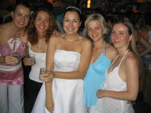Kamarádky nevěsty