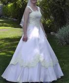 Svadobné šaty s francúzskou krajkou, 40