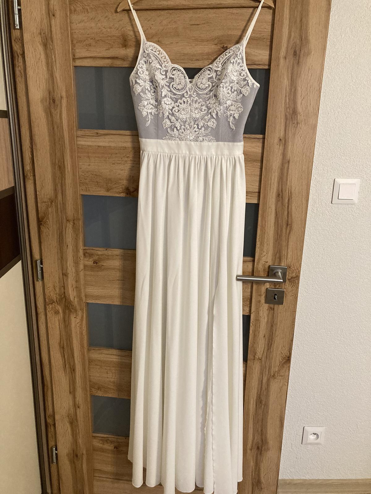 šaty- svadobné, alebo popolnočné - Obrázok č. 1