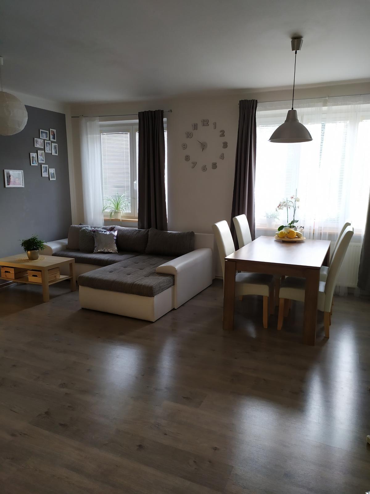 Poslední fotky z bytu, který opouštíme :-)
