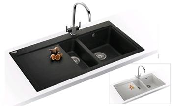 Kuchyno-obyvacka az kdesi do prirucnej pracovne - drez Franke ale s lavym umyvanim
