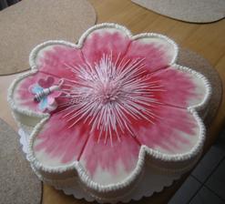 Růžový dortík...mňam mňam...