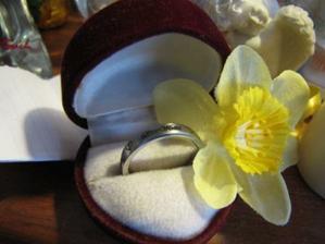 A aby nebolo ľúto aj môjmu drahému som kúpila prsteň.