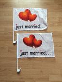 Vlajky na svadobné auto,