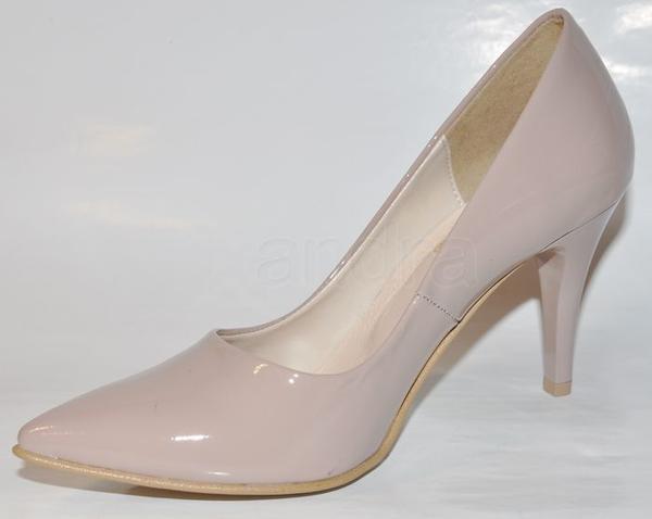 4f141789c2ae Môžu byť k bielym svadobný šatám topánky tejto far...