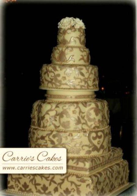 Vanilkovo-cokoladova svadba - takisto krasne - opacna kombinacia kremovo-zlatej