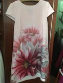 Ružové kvietkovane šaty , 40