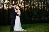 Svatební šaty s dlouhým krajkovým rukávem, 36