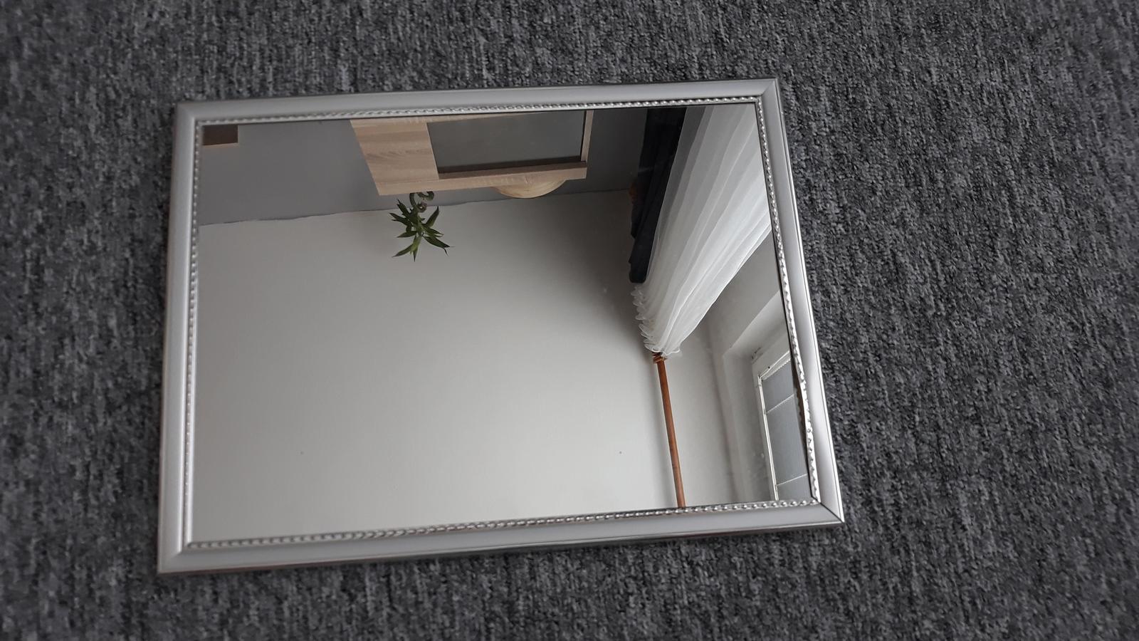 zrcadlo - Obrázek č. 1