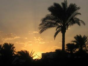 západ slunce z pláže:)