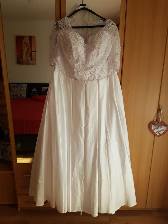 Moje krásne šaty 👰