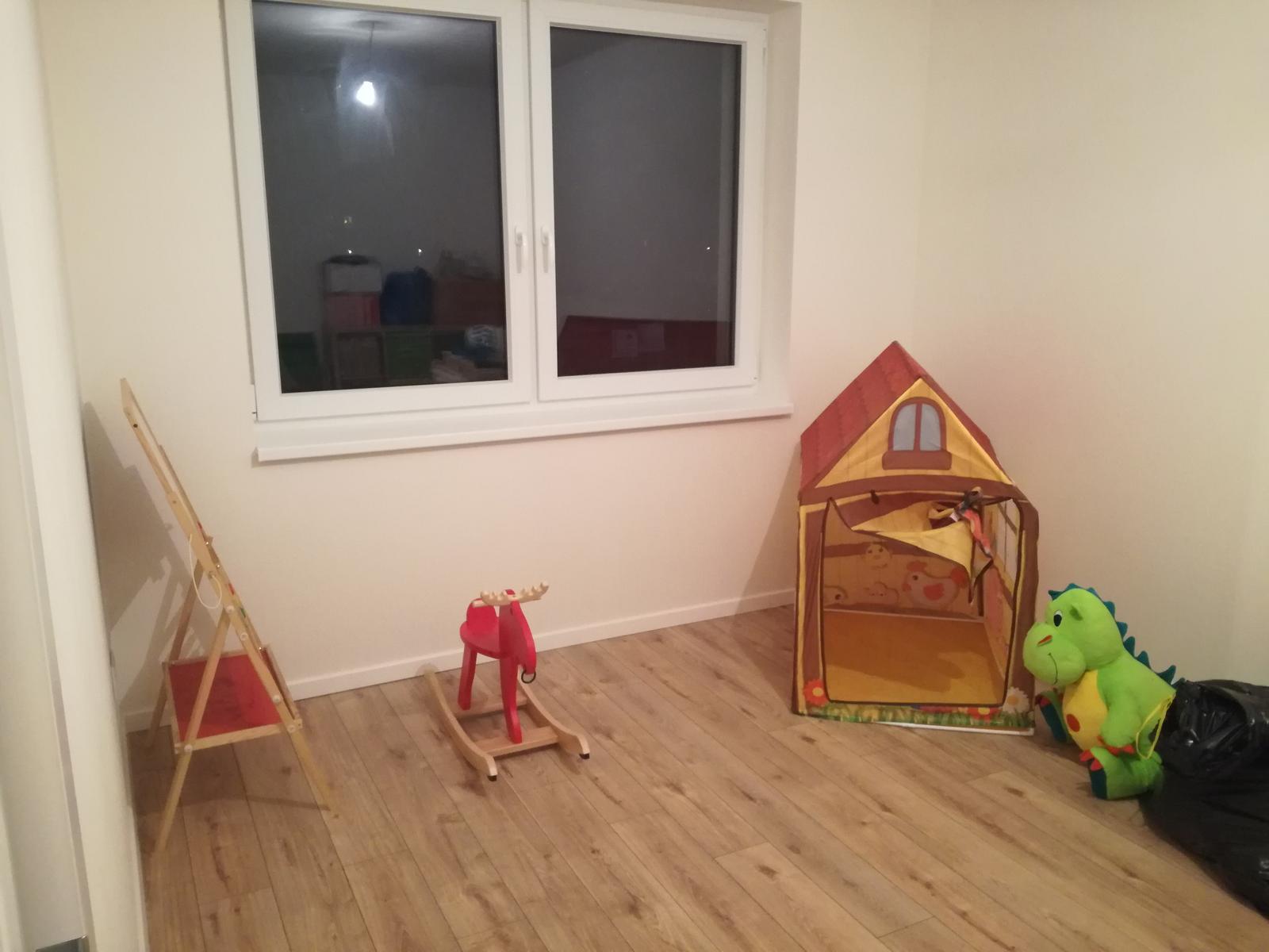 Minidomček pod Karpatmi - detská izba, konecne nejake miesto volne ...
