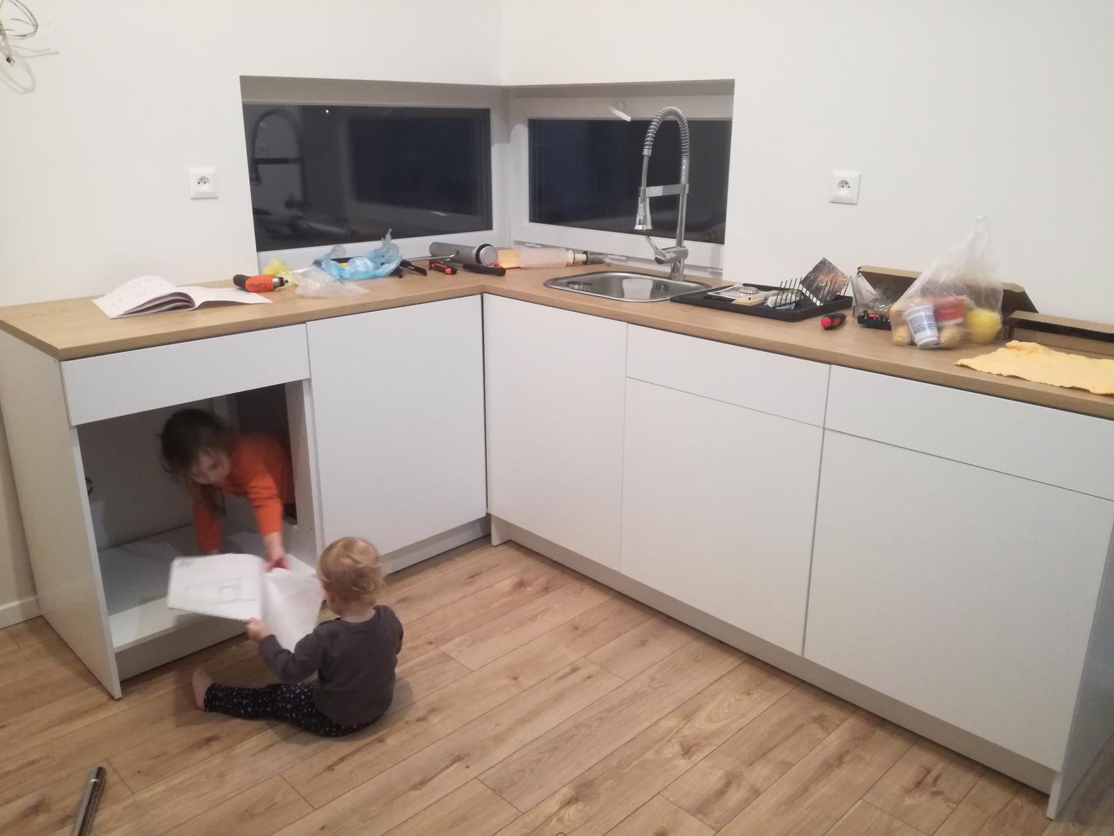 Minidomček pod Karpatmi - pomocnicky