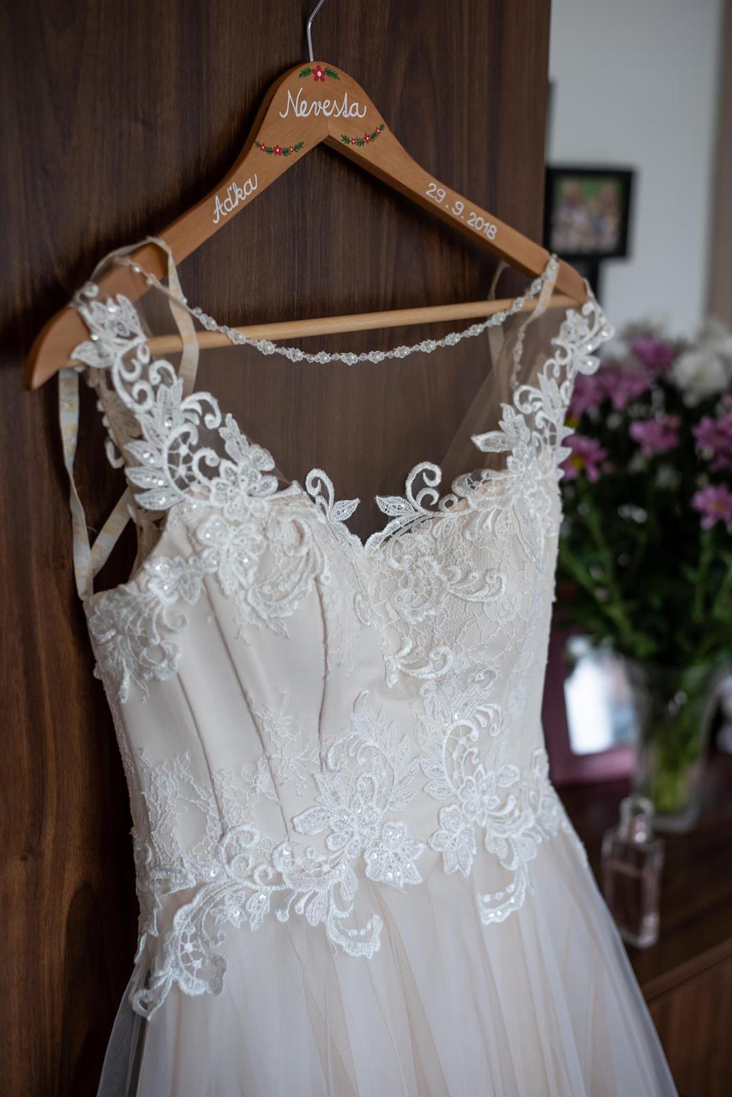 elegantné svadobné šaty - Obrázok č. 4