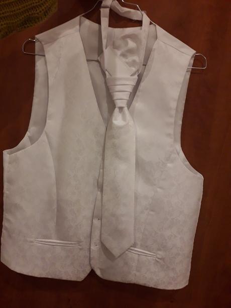 Vesta kravata a vreckovka - Obrázok č. 1