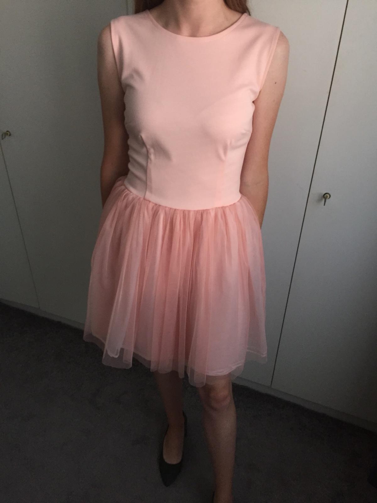 Vílovské šaty - Obrázok č. 1