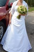 Bílé svatební šaty (vel.38-40), 40