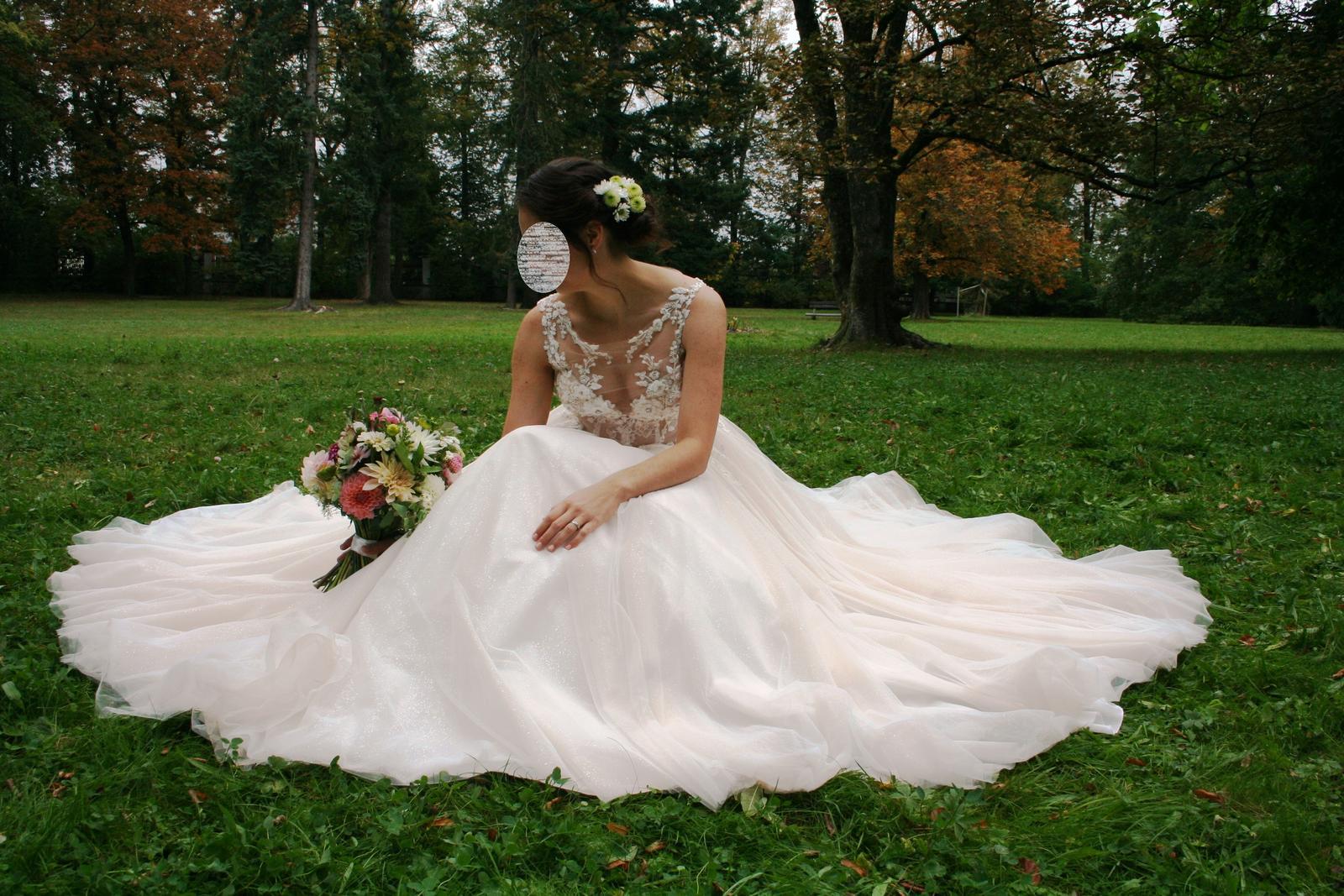 Svatební šaty Elody (model 105 Linda) - Obrázek č. 1