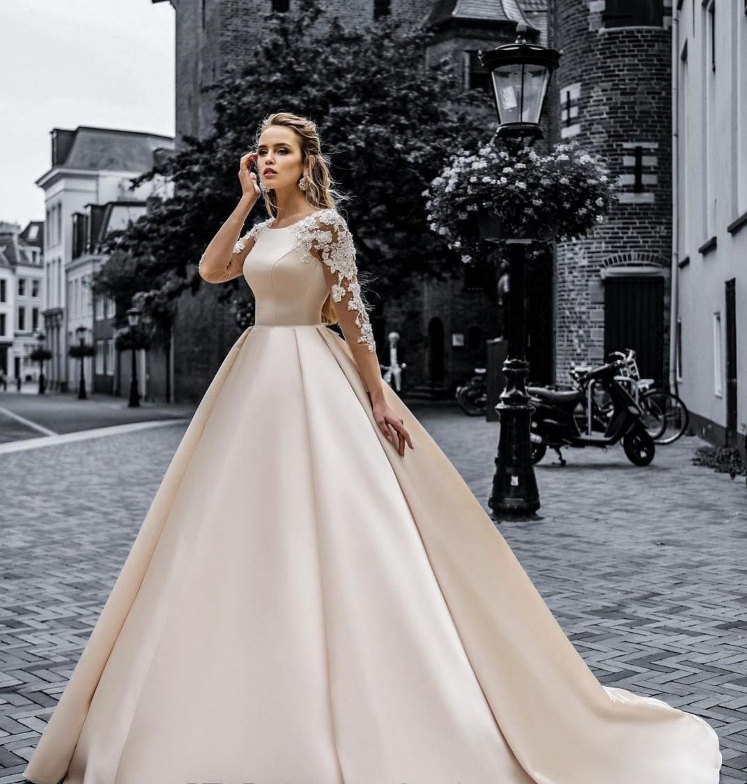svadobné šaty, kruh, závoj - veľkosť 38 - Obrázok č. 1