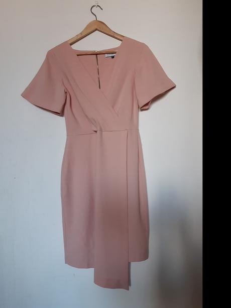 pudrově růžové šaty Closet - Obrázek č. 1