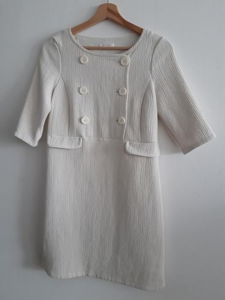 smetanové šaty Promod - Obrázek č. 1