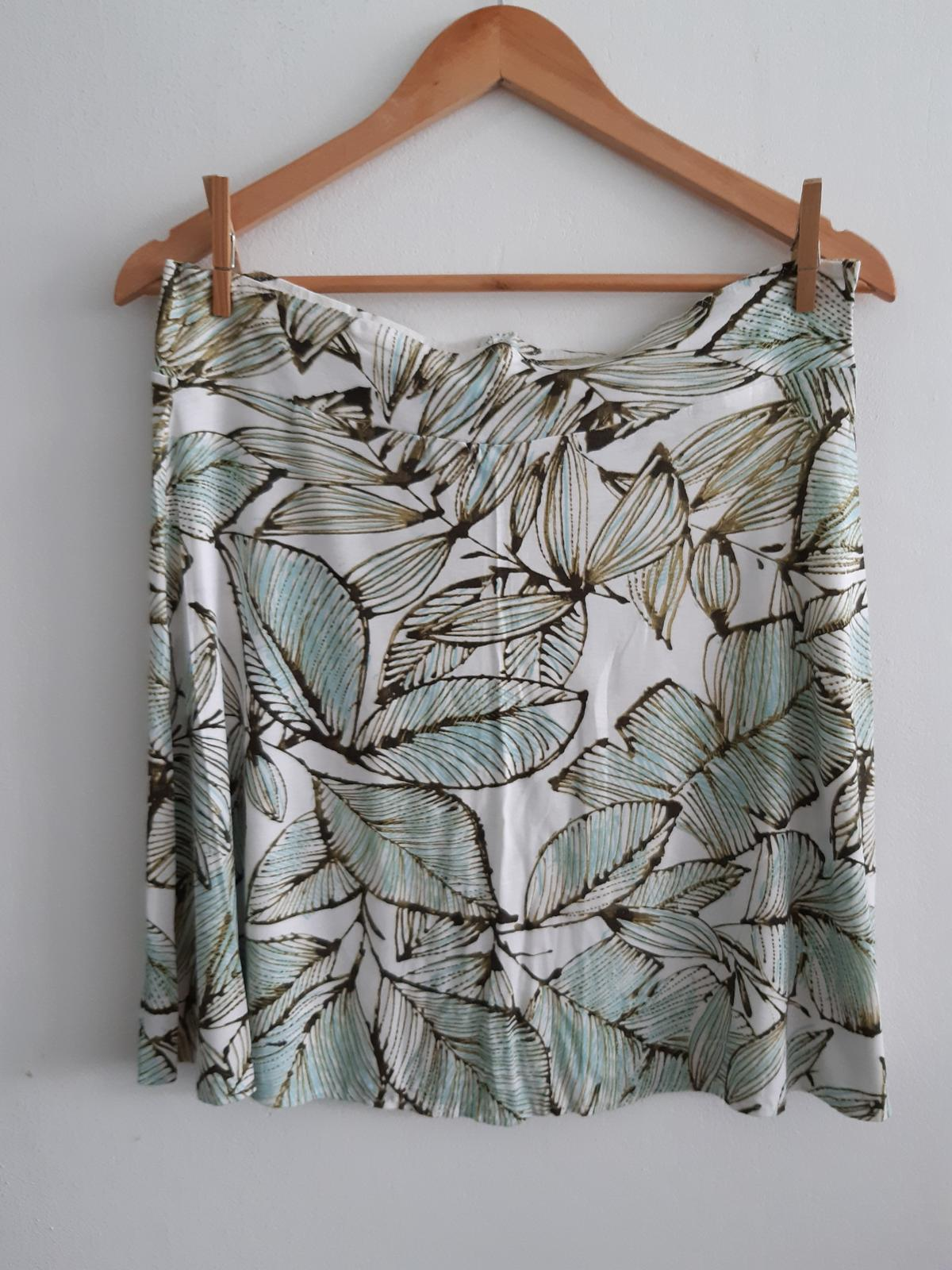 sukně s listy - Obrázek č. 1