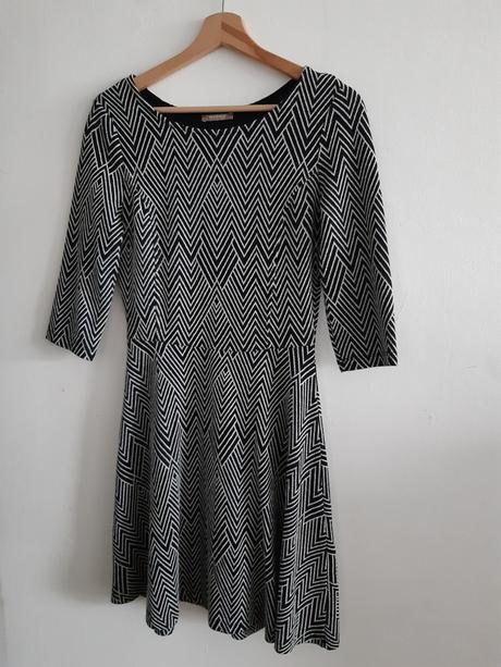 černobílé šaty Orsay - Obrázek č. 1