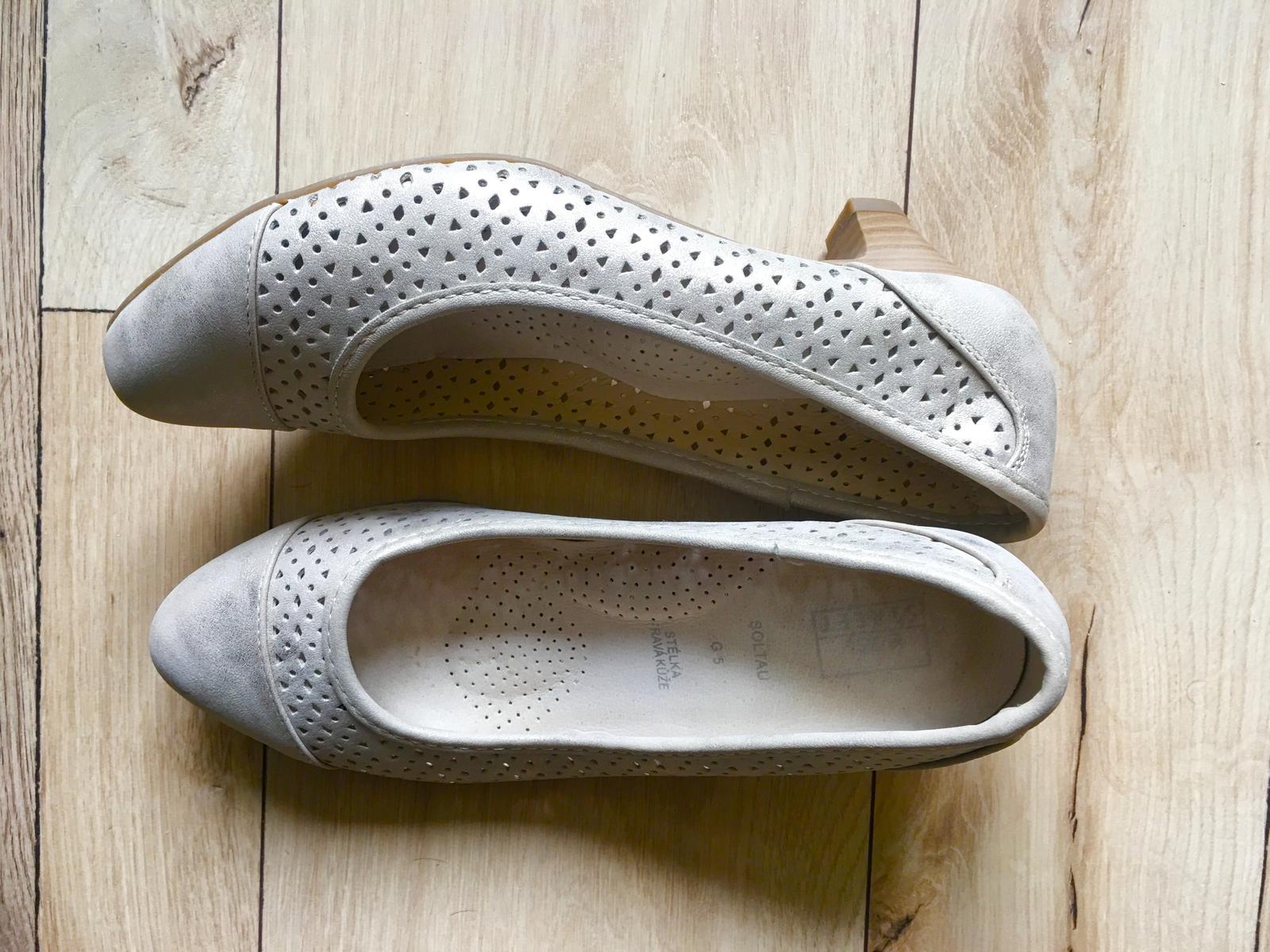 Pohodlné nízke topánky pre nevestu - Obrázok č. 3