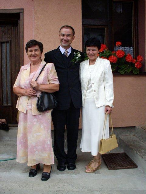 Janka Medvidova{{_AND_}}Slauko Žilecký - mamina s krsnou
