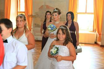 nervózní, ale připravená nevěsta