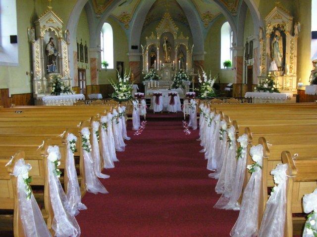 Janka a Roman - Krásna výzdoba kostola, niečo také by som chcela urobiť, tak dúfam, že sa mi to podarí.