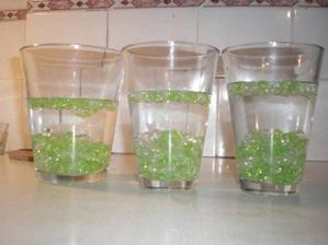 vázy na kytice ... ve vodě budou plavat zelené a čiré krystalky - nádherné