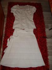 něco na ráno a případně na převlečení, pod to se budou hodit ty tanga... sukně je hodně upnutá :)