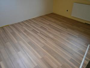 podlahy na poschodí sú rovnaké ...