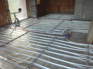 podlahovka v obývačke a kuchyni