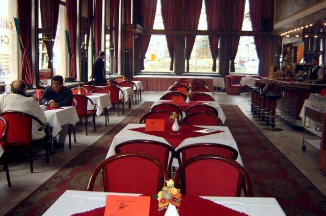 Pripravy svadby - helen - Narodny dom v Banskej Bystrici