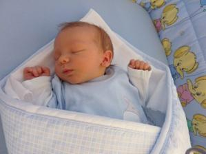 Ke 3. výročí jsme si nadělili malého chlapečka Adámka :o)