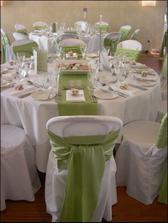 Skvělá dekorace stolů...