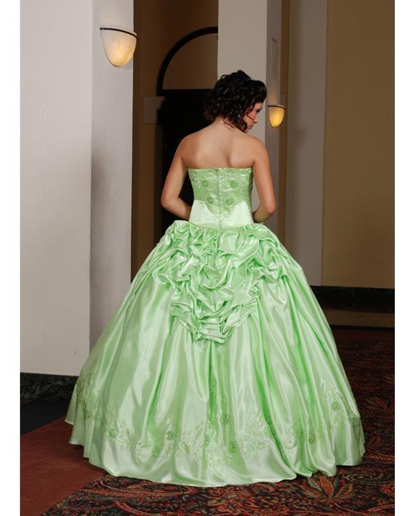 Ooooooooo šaty - Obrázok č. 27
