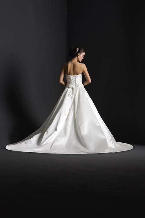 Ooooooooo šaty - Obrázok č. 69