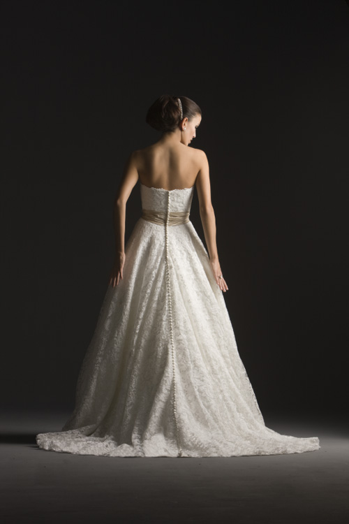 Ooooooooo šaty - Obrázok č. 73