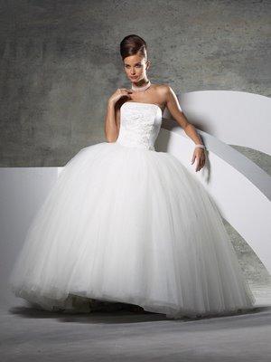 Ooooooooo šaty - Obrázok č. 90