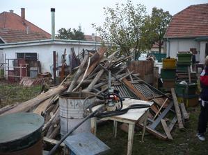 aj dreva bolo habadej aspon bolo čím kuriť...