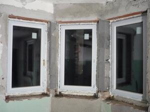 a konečne sa osadili nove okna (to je ten moj vymysel)