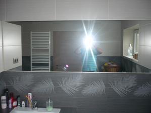 zrkadlo osadené
